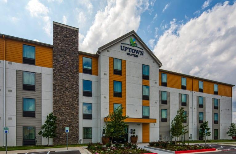 Uptown Suites Round Rock, TX property exterior